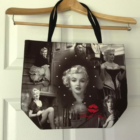 ca4e624a5137 Handbags - Marilyn Monroe Tote Bag